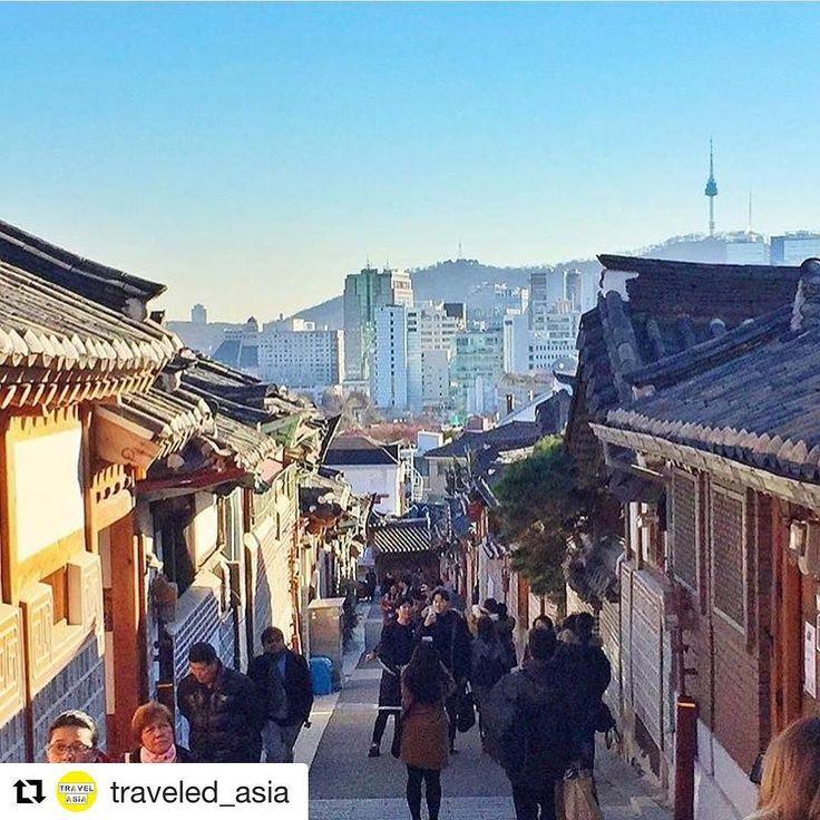 Go for a stroll in Seoul #korea #asia #seoul #buchon #hanok #hanokvillage #travel #travelabroad