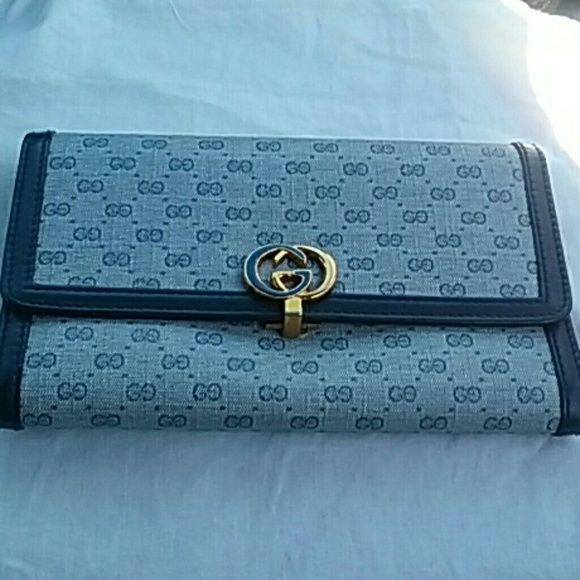 Gucci Wallet Blue New Gorgeous wallet. Never used..just stored. Authentic Gucci. Gucci Bags Wallets