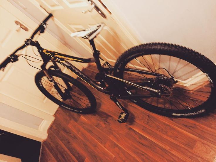 RG gazzad1983: New whip thank you #giantbike #giant #mountainbike http://ift.tt/1OXTiGX