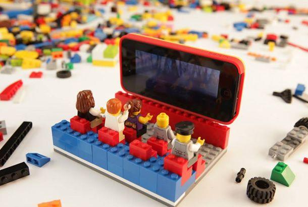 エンドレスな創造性。オリジナル・レゴiPhoneケース   roomie(ルーミー)