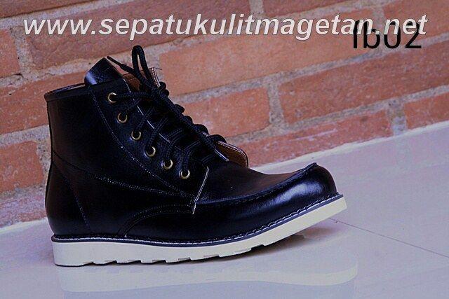 Exclusive Premium Boots FB02