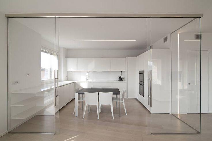 Foto di cucina in stile in stile minimalista : attico villa lieta | homify