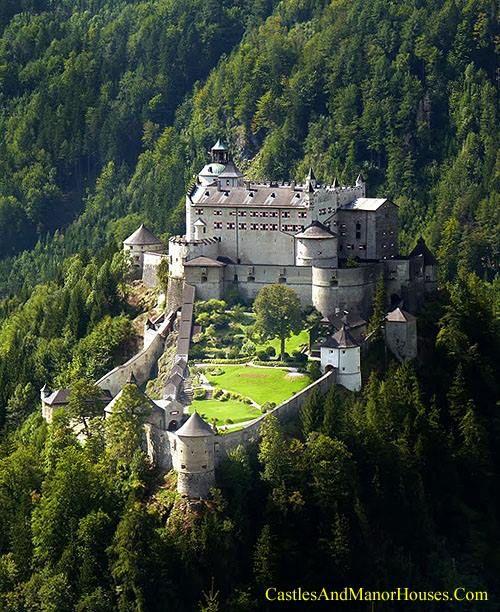 Burg Hohenwerfen (Hohenwerfen Castle) above the town of Werfen, Salzach Valley, Austria.