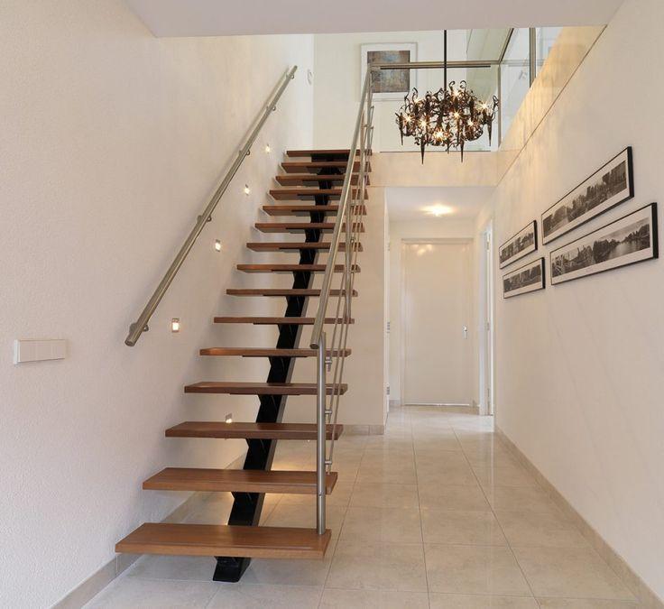 25 beste idee n over trappen schilderen op pinterest for Houten trap buiten
