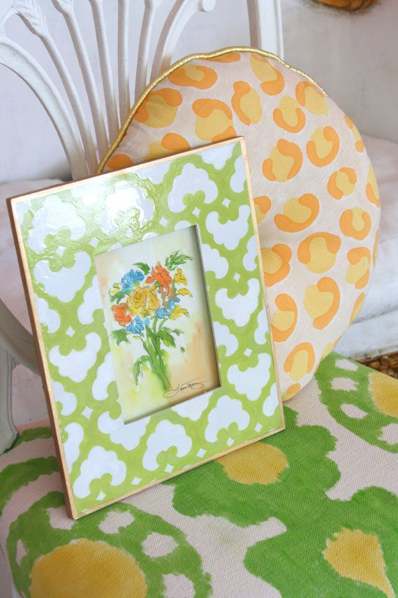 Floral Watercolor + Green and White Designer frame: Trevey Watercolor, Bouquets Watercolor, Floral Watercolor