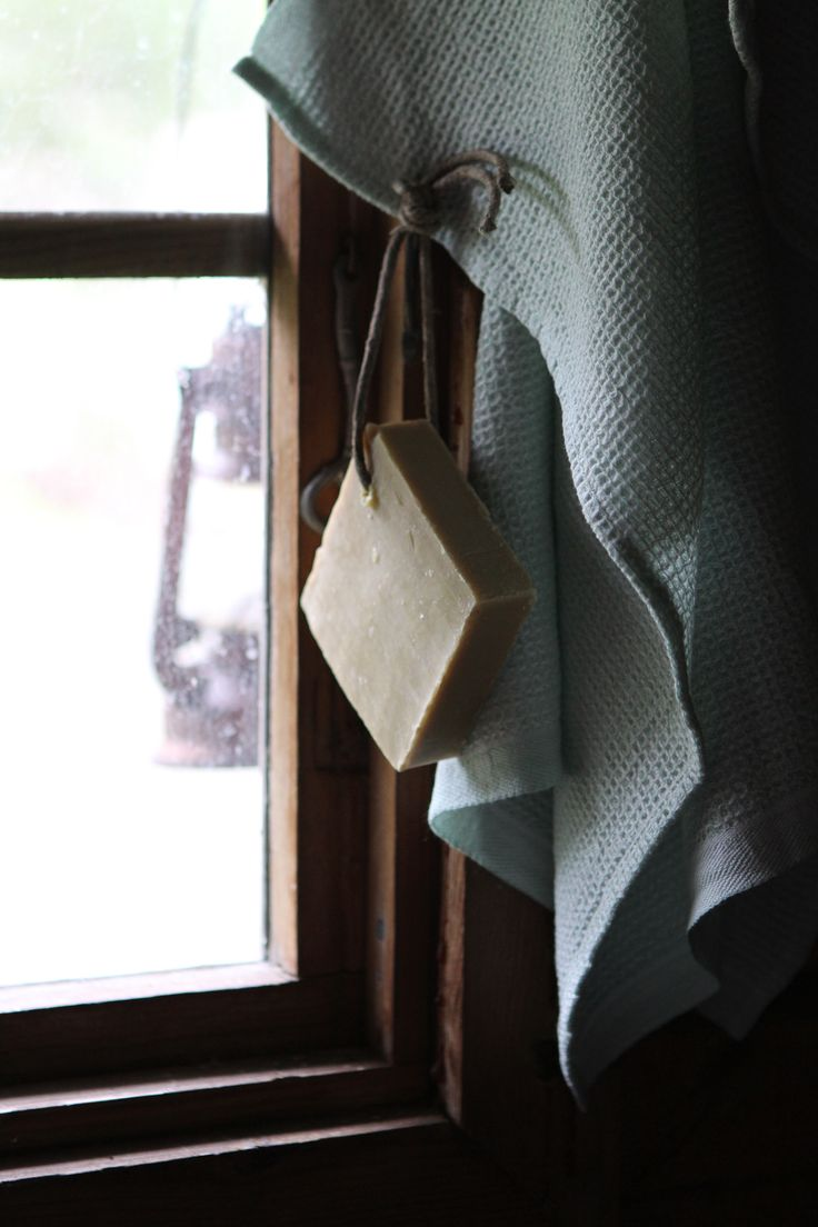 Hand towel by Lapuan Kankurit // Marseille soap // Sauna // Palasaaristoa