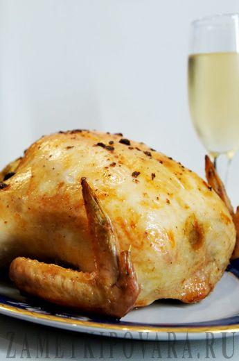 Запеченная курица, фаршированная яблоками