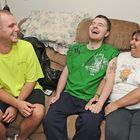 Kyle Lanzer/Sun NewsKrieg Simmons, center, shared a laugh last week with his brother Keith Jr. and mom Renee. PARMA -- For the Simmons family, tonight's Cleveland Browns-Pittsburgh Steelers game is more than just a football rivalry. It recalls a...
