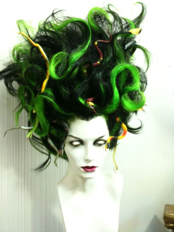 Halloween Wigs - Outfitters Wig