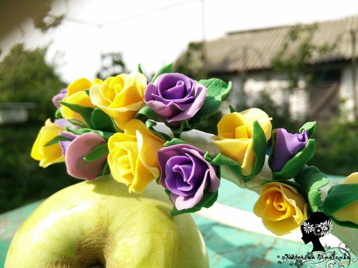 Ободок с розами из полимерной глины