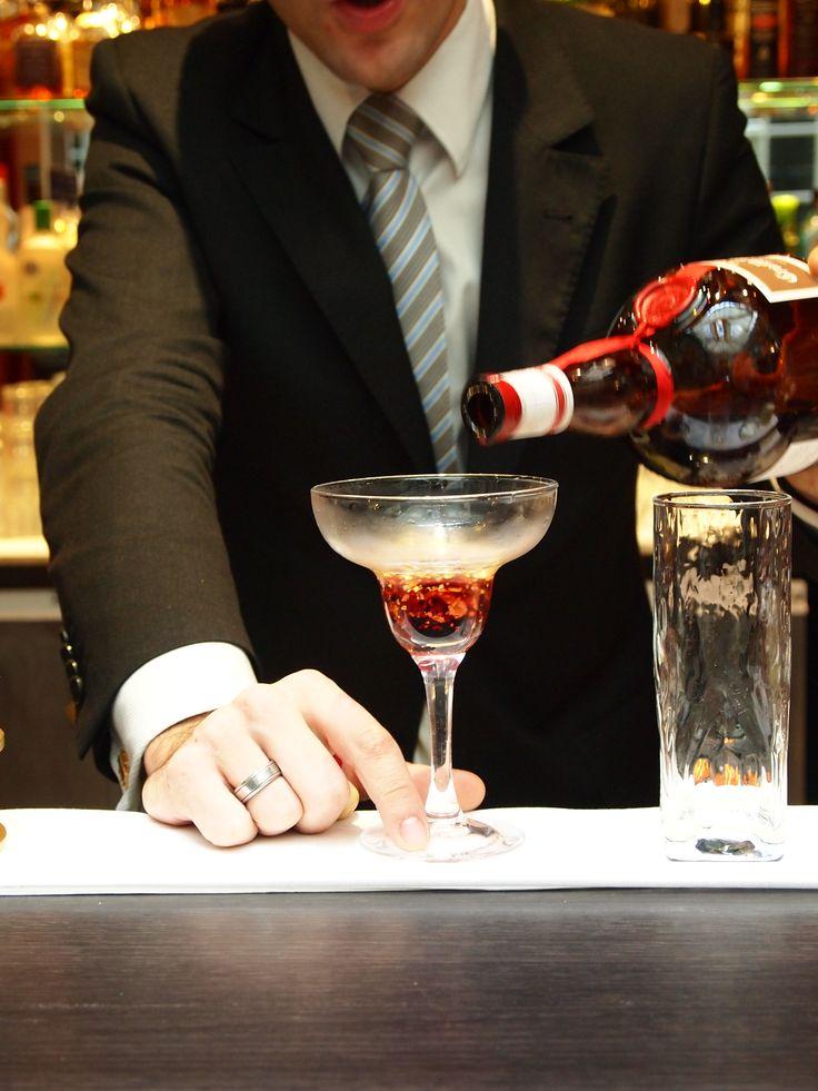 Cocktail http://www.ghbordeaux.com/uk/index.php#victor-bar.php