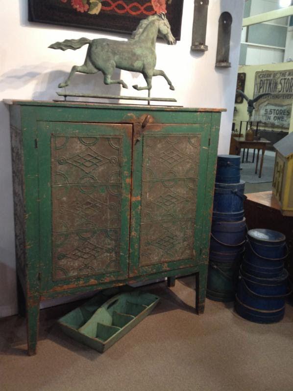 Green pie safe · Primitive CabinetsPrimitive FurnitureCountry ... - 707 Best Primitive/Vintage Pie Safes Images On Pinterest