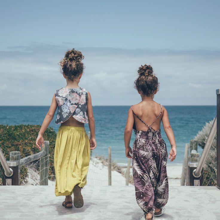 "JUSTINE I on Instagram: ""Post brunch beach walks #mondayaintsobad #featherdrum"""