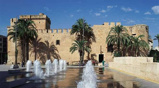 Castillo-Palacio de Altamira