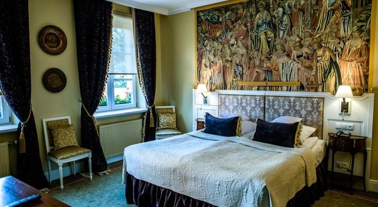 Hotels in Krakow Poland list near Divine Mercy shrine in Krakow, Łagiewniki. We have taken in consideration the distance, price and guest reviews