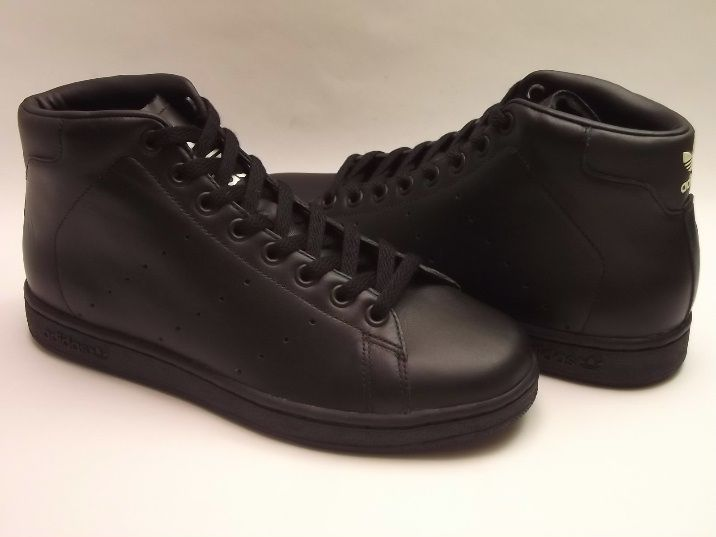 Adidas Stan Smith Hi in Black with