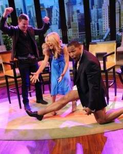 While guest-hosting on Live! with Kelly, Michael Strahan stripped down to his skivvies and did his best Magic Mike-inspired striptease