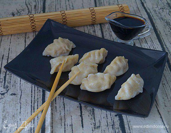 Японские пельмени «Яки гедза». Ингредиенты: мука, соль, вода | Официальный сайт кулинарных рецептов Юлии Высоцкой