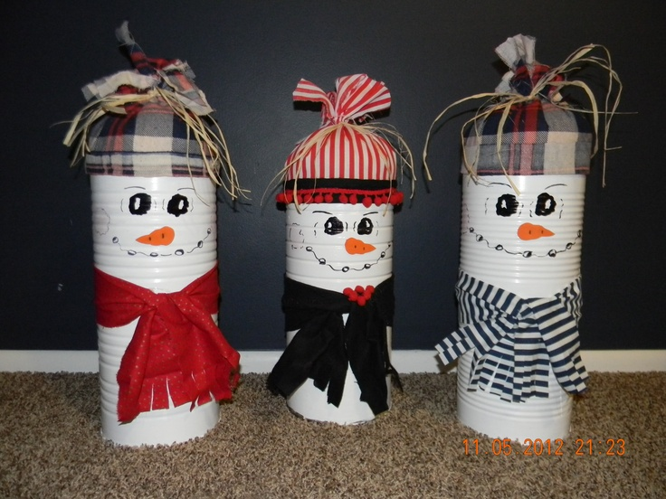 Cute & easy snowmen made out of coffee cans!