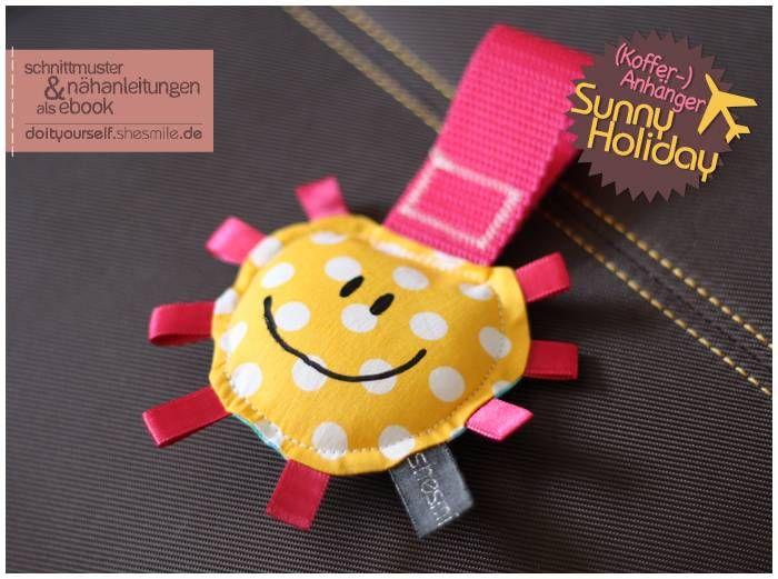 Kofferanhaenger, Gepäckanhänger, Spieleanhänger -Sunny Holiday- (Nähanleitung und Schnittmuster von shesmile)