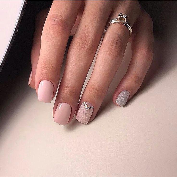 Beautiful nails 2017, Casual nails, Everyday nails, Hardware nails, Jeans nails, Landscape nails, Light pink nails, Nails with rhinestones