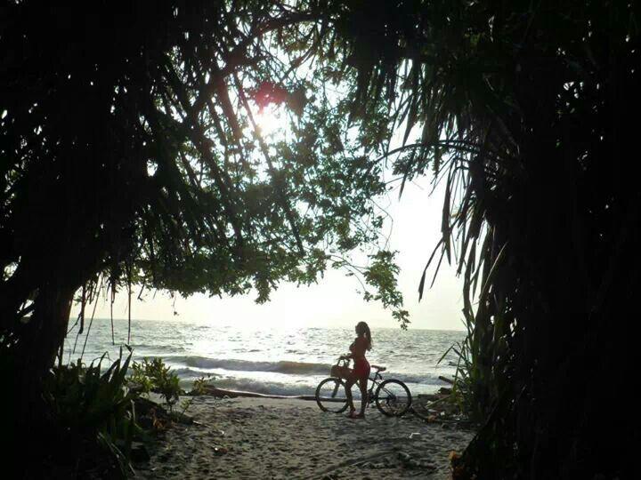 #sol #playa #bici #necoclí