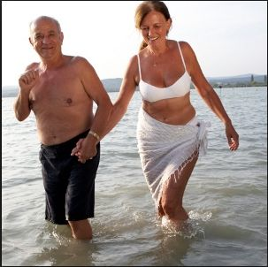 singles over 50 in madelia Over 50s dating  there is an amazing amount of singles that use an online dating service.