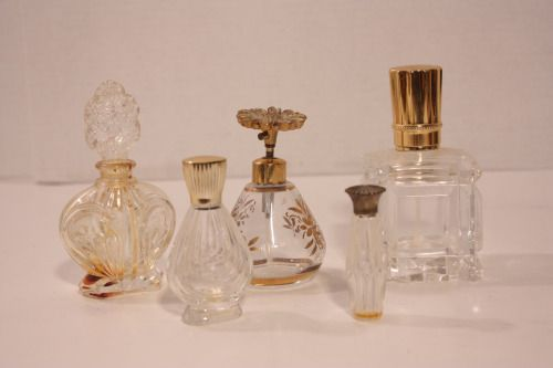 little perfume bottles. i love 'em.