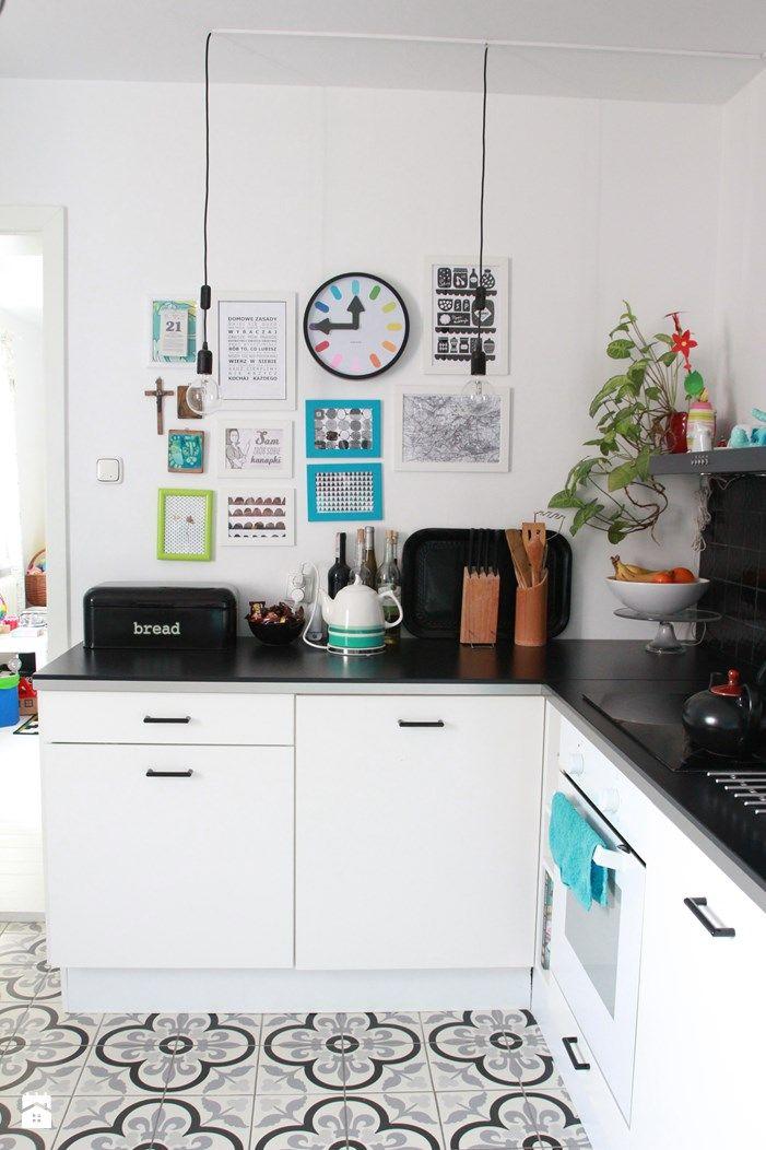 Kuchnia po zmianach. - zdjęcie od Agnieszka Kijowska - Kuchnia - Styl Skandynawski - Agnieszka Kijowska, black & white, scandinavian design, kitchen, diy