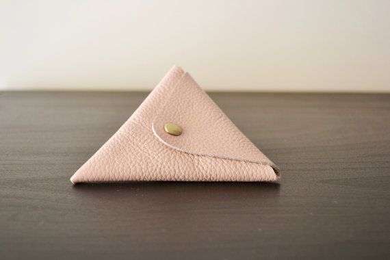 Nude-pink leather triangle coin purse / Triangle by LeatherDetails