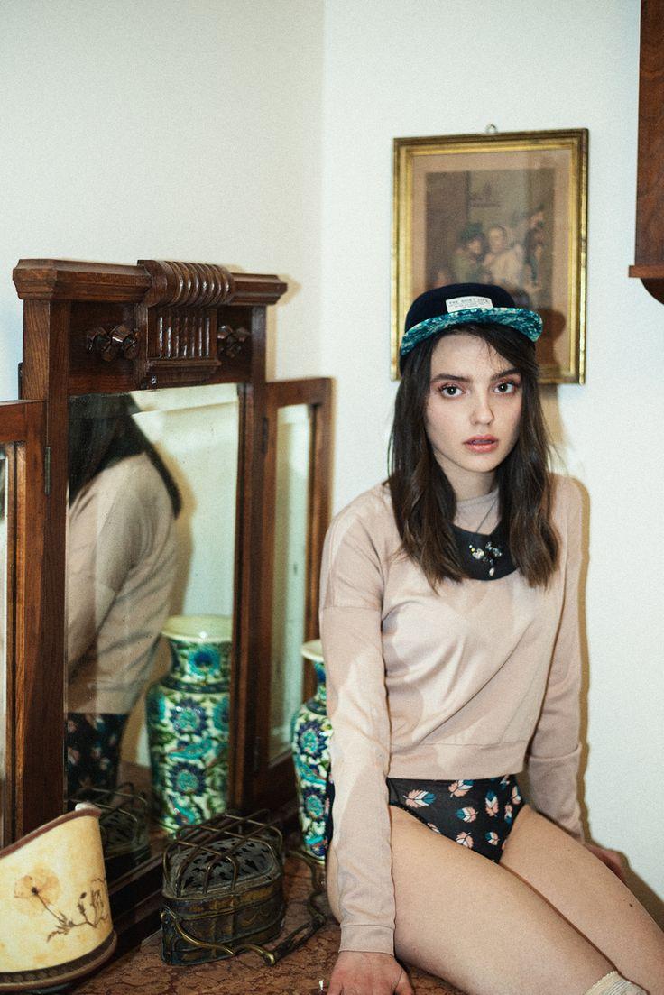 Aroma30 swarovski collar on Teeth Magazine fashion editorial. Photo by Benedetta Ristori, styling by Paola Arena
