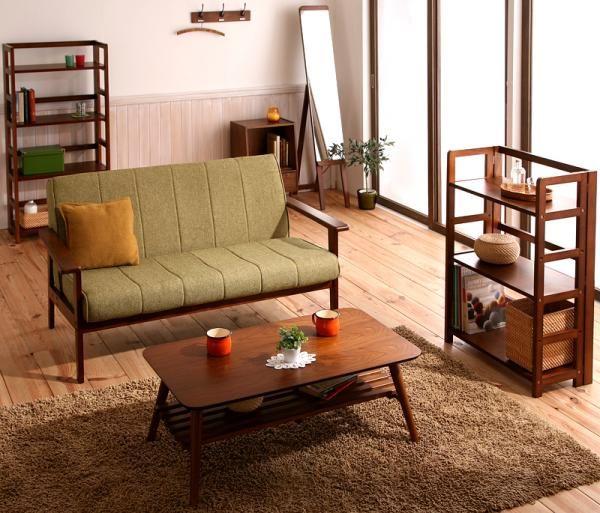 休日の午後にほっと一息つける、ゆっくり時間の流れる部屋のインテリアコーディネート実例写真