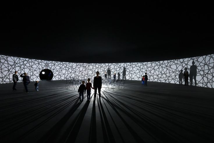 olafur eliasson makes contact with fondation louis vuitton
