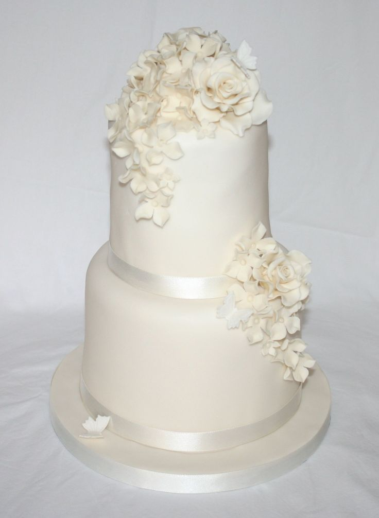 simple elegant 2 tier wedding cakes simple two tier wedding cake wedding cakes by 19964
