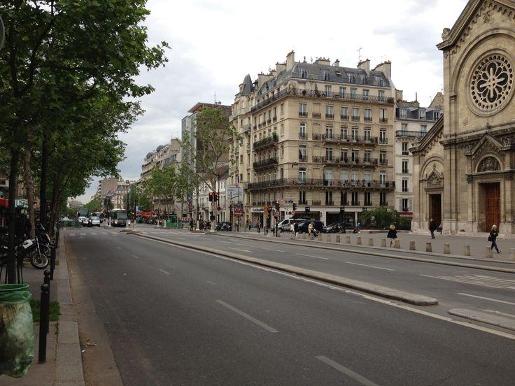 De boulevard du Montparnasse, waar het appartement van Julia zich bevindt.