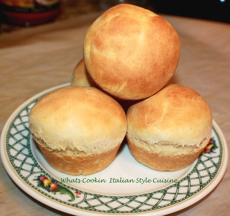What's Cookin' Italian Style Cuisine: Best Sweet Yeast Roll Recipe