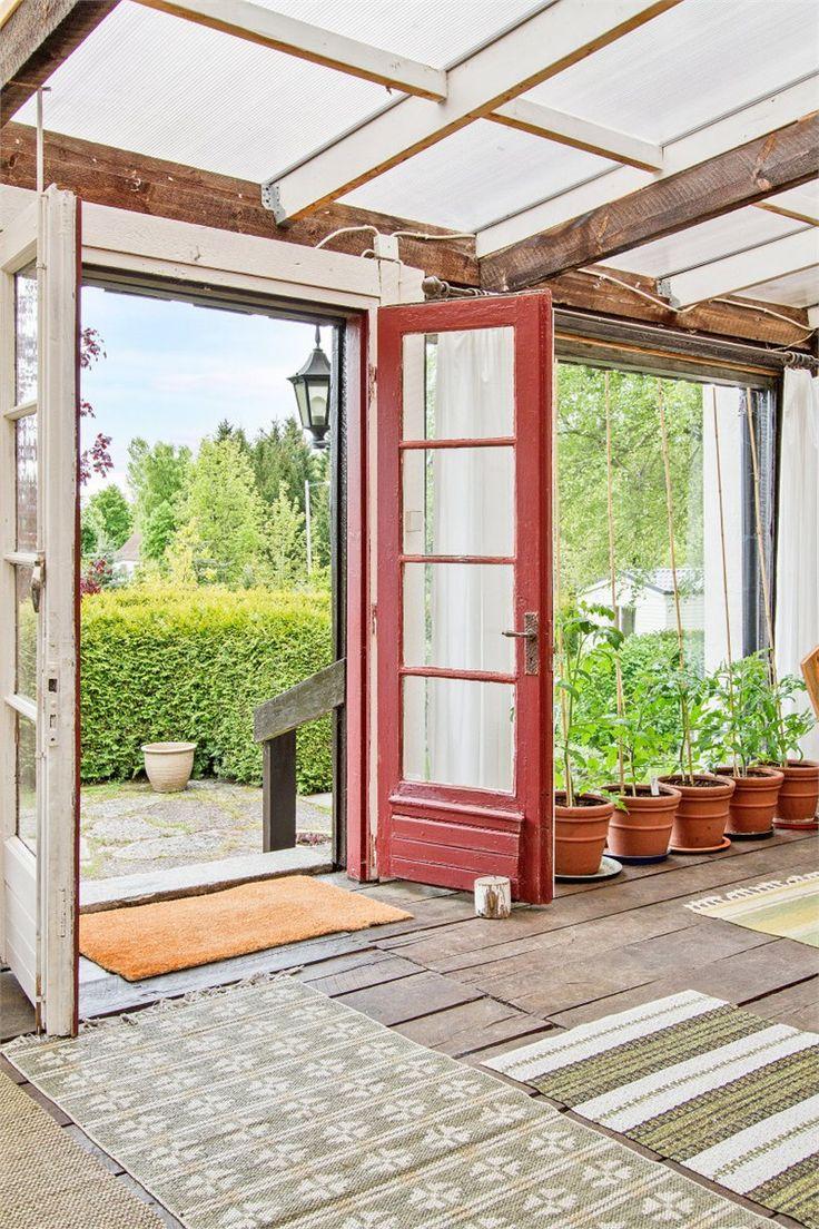 Gyllebo Solhällan 1 i Gyllebo - Fastighetsbyrån Simrishamn