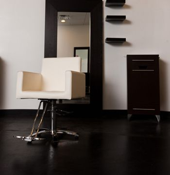 IKEA salon furniture perfect for threading station