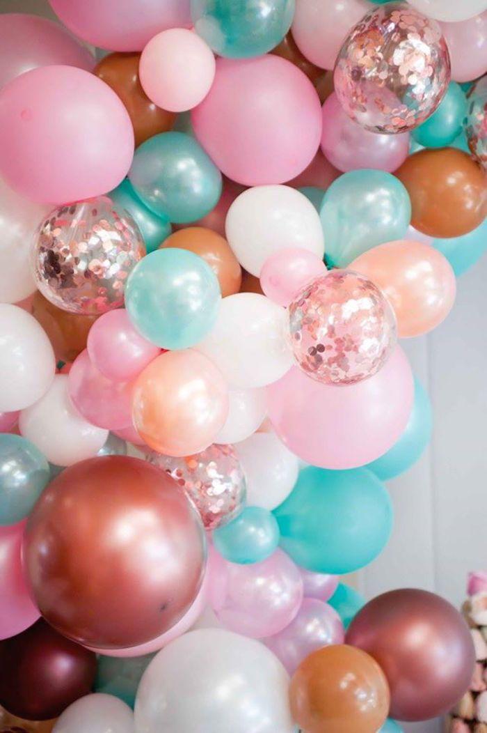 Best 25 balloon banner ideas on pinterest diy 50th for Balloon decoration ideas pinterest