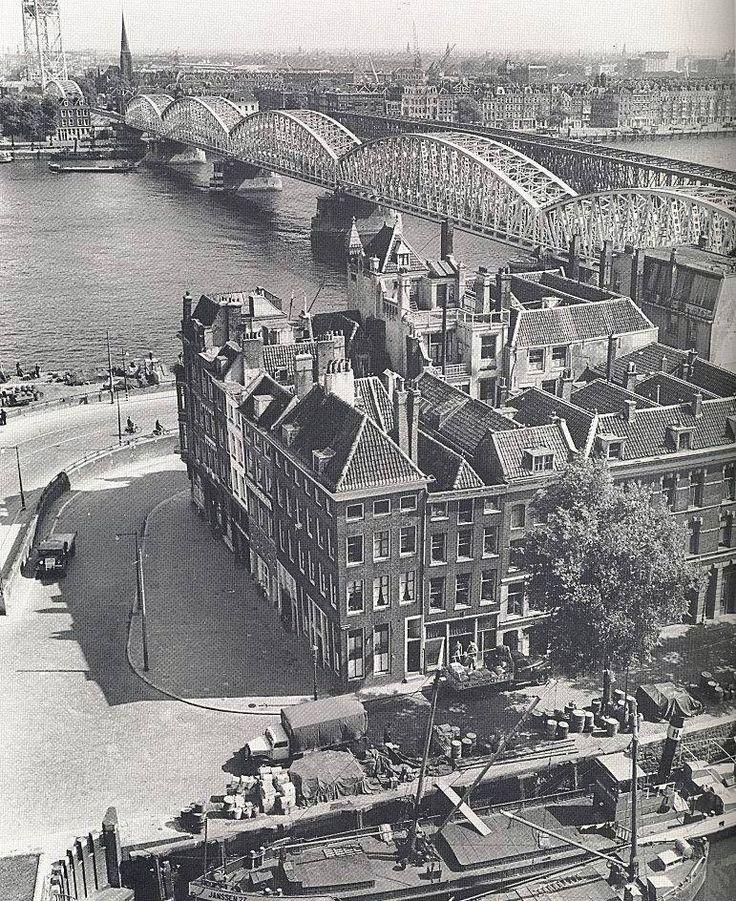De Maasbruggen in 1949. Rotterdam
