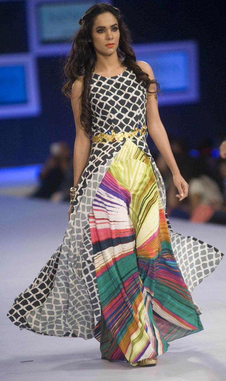 Sania Maskatiya Collection at PFDC Sunsilk Fashion Week 2014 Day 1 #pfdc #sunsilkfashionweek #pfdcsunsilk