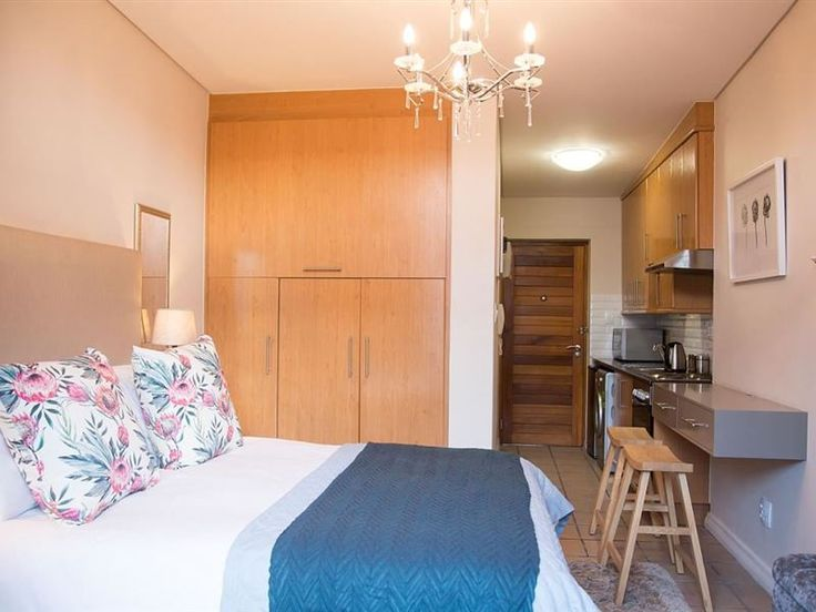Lemon Rind - Bachelor flat that is tastefully decorated and situated in the heart of the historical town of Stellenbosch, and is ideal for a single person or a couple, and is conveniently located within walking distance ... #weekendgetaways #stellenbosch #winelands #southafrica