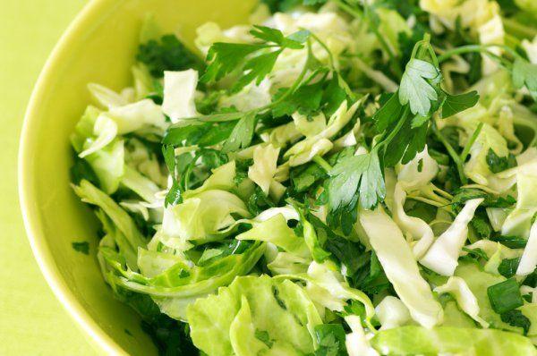 Зеленые салаты: ТОП-5 рецептов - Рецепты. Кулинарные рецепты блюд с фото - рецепты салатов, первые и вторые блюда, рецепты выпечки, десерты и закуски - IVONA - bigmir)net - IVONA
