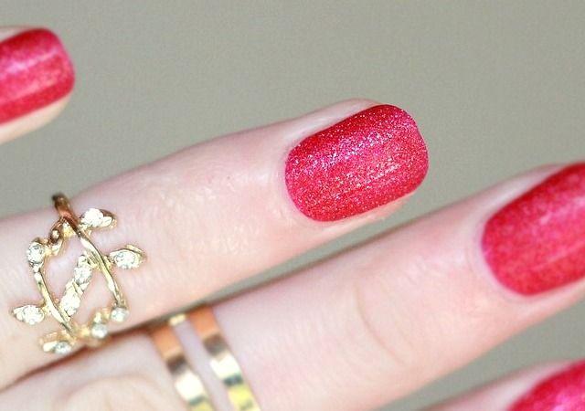 Avon Magic Effects Mineral Crush   Ruby