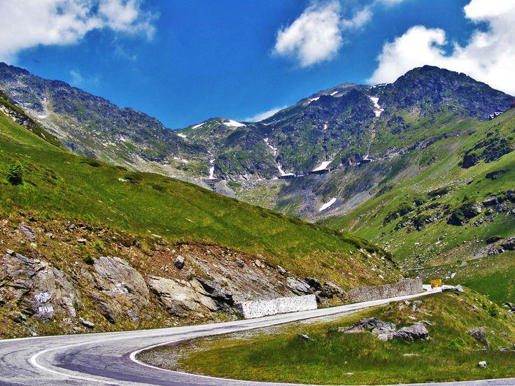 Transfagarasan Road, Romania http://www.touringromania.com/