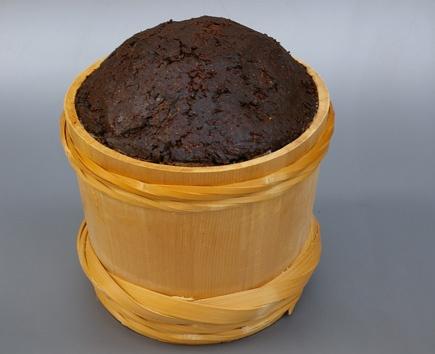 八丁味噌 豆味噌 赤味噌 / Haccho Miso, dark-brown Miso originated from Okazaki, Aichi
