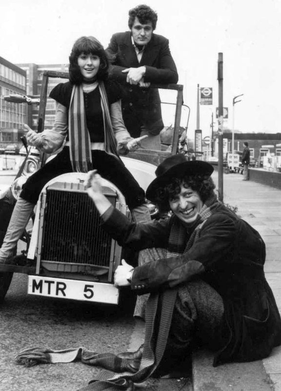 Sarah Jane Smith - The all time number 1 Companion! The Doctor, Sarah Jane and Harry xD LOVE IT