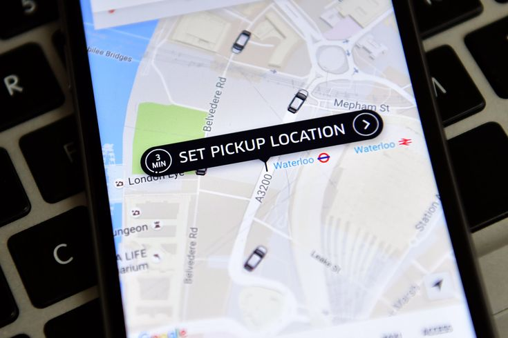 London's Uber drivers must now pass an English exam