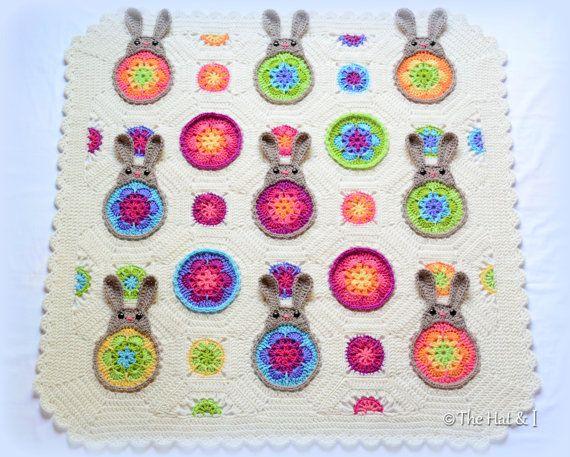 CROCHET PATTERN Bunnies R Us a blooming bunny di TheHatandI