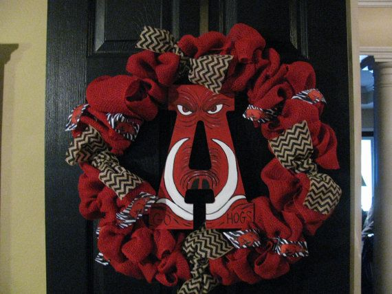 Hey, I found this really awesome Etsy listing at http://www.etsy.com/listing/160721384/arkansas-razorback-wreath